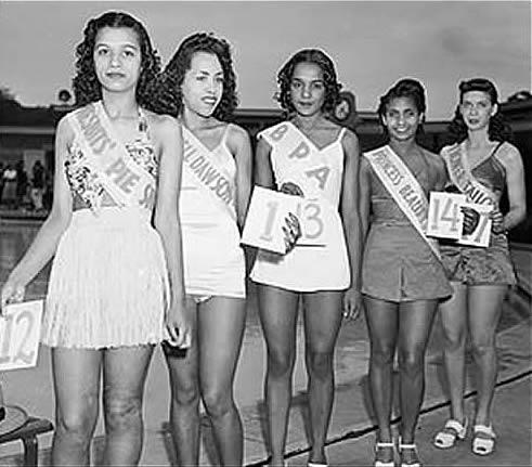 African American Beauty Contestants