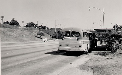 us87_sanantonio_nb_bus_stop_7-30-1962