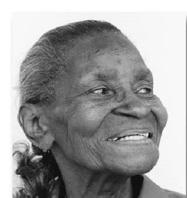 old-black-woman-K121-10-214