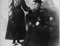 Flash-Black-Photo-African-American-Woman-and-Girl.jpg