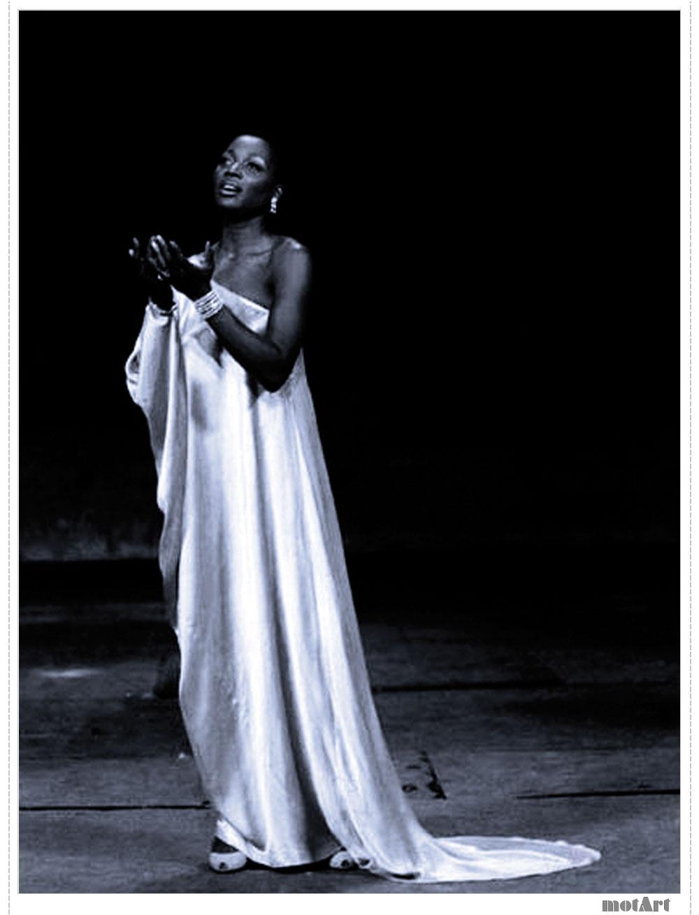 - Wilhelmenia Fernandez Sings Favorite Spirituals - Amazon