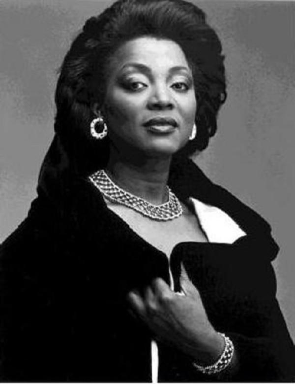 Fernandez, Wilhelmenia, soprano - listen online, download